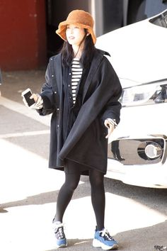 Fashion Idol, Blackpink Fashion, Korean Fashion, Fashion Trends, My Wife Is, Wearing Black, Normcore, Kpop, Actors