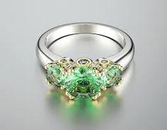 green jewelry에 대한 이미지 검색결과