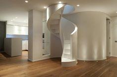 Scala elicoidale scatolata in legno laccato modello 700. #Interbau #Stairs #Design #MadeinItaly