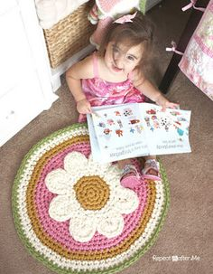 Crochet Daisy Rug with Clover Amour Large Hooks and Giveaway! - Repeat Crafter Me