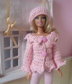 Ensemble gilet et béret au crochet pour poupée Barbie : Jeux, jouets par atelier-crochet