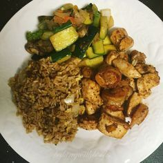 Homemade Chicken & Shrimp Hibachi Japanese steakhouses: we love them, but frequent dining can become expensive. I've re-created my favorite hibachi meal, chicken and shrimp, and it honestly tastes. Asian Recipes, New Recipes, Dinner Recipes, Cooking Recipes, Favorite Recipes, Healthy Recipes, Japanese Recipes, Healthy Dinners, Barbecue