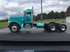 Keep it going 125 model semi trucks pinterest models scale peterbilt 359 california hauler conventional tractor plastic model truck in 125 scale publicscrutiny Images