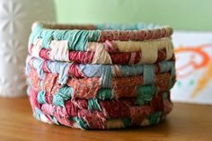super easy basket - and a good way to use up fabric scraps; could be good for Christmas/Easter/teacher gifts