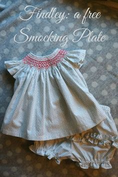 A free smocking plate just in time for back to school sewing. Pink Hollybush Designs