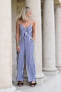 Combinaison JESSY blanche noire et bleue Jumpsuit, Lingerie, Pretty, Wax, Pants, Dresses, Decor, Collection, Fashion