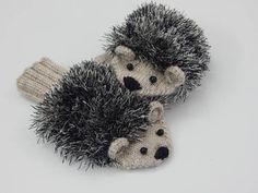 Mittens Hedgehog mittens for baby Hand knitted winter animal Knitted Mittens Pattern, Knit Mittens, Knitted Gloves, Fair Isle Knitting, Loom Knitting, Free Knitting, Crochet Stitches Patterns, Baby Knitting Patterns, Knitting Tutorials