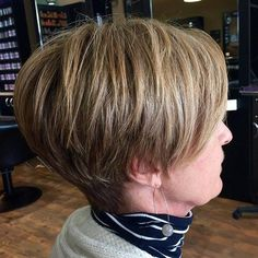 70 Classy and Simple Short Hairstyles for Women over 50 Mom Hairstyles, Modern Hairstyles, Hairstyles Over 50, Short Hairstyles For Women, Chic Short Hair, Short Hair Styles, Bob Cuts, Pixie Cuts, Stacked Hair