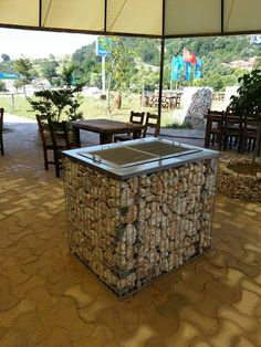 Fabulous gabion ideas for your garden & outdoor area 00083 Related Outdoor Sinks, Outdoor Oven, Outdoor Cooking, Outdoor Areas, Outdoor Life, Outdoor Decor, Gabion Stone, Brick Columns, Privacy Fence Designs