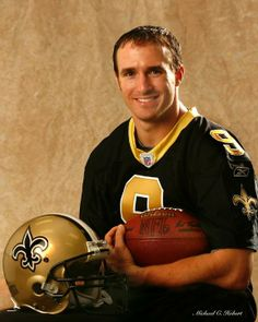 8 years ago today, the New Orleans Saints agreed to terms with free agent QB Drew Brees! Click the photo for more photos of the day Drew Brees joined the #Saints