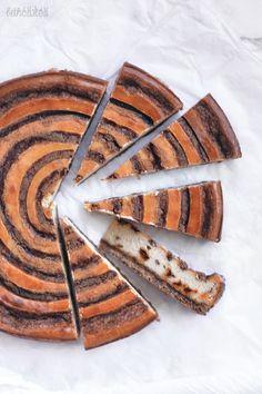 Cinnamon Swirl Cheesecake