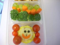 Cute Bentos!! - COOKING  - Knitting, sewing, crochet, tutorials, children crafts, jewlery, needlework, swaps, papercrafts, cooking and so much more on Craftster.org