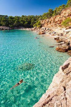 IBIZA Has a truly magical energy - I love it! Best beaches Ibiza - Cala Salada north of San Antonio Best Honeymoon Destinations, Dream Vacations, Vacation Spots, Travel Destinations, Travel Tourism, Honeymoon Places, Honeymoon Ideas, Travel Agency, Spain Honeymoon