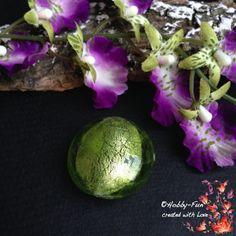 "1 runde Silberfolie-Glasperle ""Apfelgrün"""