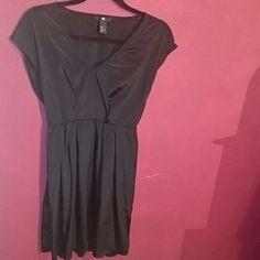 Simple black dress Very simple, yet chic H&M Dresses