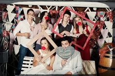 Photo Booth Set-Up ~ Don't forget the extra frames! Adds a cute touch ;) Photography by desmondlouw.co.za via Style Me Pretty
