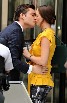 Leighton Meester and Ed Westwick at an event for Gossip Girl Estilo Blair Waldorf, Blair Waldorf Outfits, Best Tv Couples, Cute Couples, Gossip Girl Chuck, Gossip Girls, Scorpius And Rose, Girls Tv Series, Gossip Girl Quotes