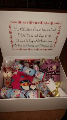 50 fascinating gift ideas from - Joyeux Noel Night Before Christmas Box, Its Christmas Eve, Christmas Hamper, Diy Christmas Gifts, Family Christmas, Winter Christmas, Christmas Eve Box Ideas Kids, Christmas Boxes, Retro Christmas