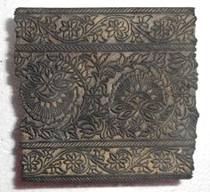 Antique Printing wood block hand carved for Textile/Fabric Border Made In India #UnbrandedGeneric Wood Stamp, Textile Fabrics, Wood Blocks, Craftsman, Printing On Fabric, Hand Carved, Paisley, Carving, Rural Area