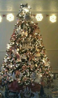 Pink Victorian Christmas Tree