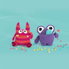Zak the candy monster by The Itsy Bitsy Spider and YumYum by designer Dendennis // 'Amigurumi Monsters' book // Dim the lights, bring out your flashlight and quickly check underneath your bed: this new book will reveal the most adorable amigurumi monsters!