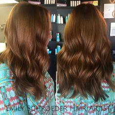 For bookings with me in my Little Rock location @teasesalonlittlerock text/call 501-425-5108.. for NOLA it's wait list ONLY  #salonlife #livedincolor #emilyschroederhairartist #travelstylist  #beauty #arkansasstylist #nolastylist  #olaplex  #hair #modernsalon #americansalon #behindthechair #haircut #bouncyhair @behindthechair_com @certifiedhaircolorists  @olaplex #hairbesties #btc #btcpics