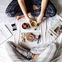 Breakfast in bed is best 🦊