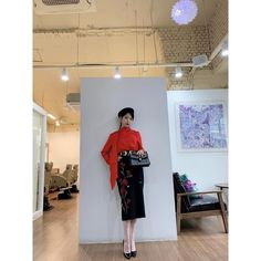 Image may contain: one or more people and indoor Luna Fashion, Fashion D, Office Fashion, Korean Fashion, Fashion Outfits, Girl Celebrities, Korean Celebrities, Korean Actors, Pretty Men