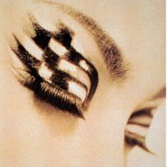 1965: Mr. Shu Uemura returned to Japan to open his first beauty atelier in Tokyo where he taught Hollywood techniques. He was the first to merge makeup and art, through color, texture and precise application.