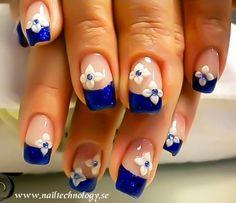 Blue top nail art design