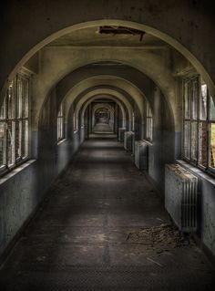 The labyrinth school