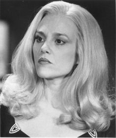 Madeline Kahn, American actress (b. 1942) died of cancer on December 3, 1999