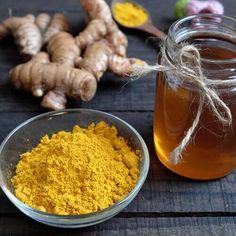 Rimedio a base di curcuma e miele