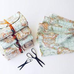 World map prints backpackatlas large backpacktravelschooldaily world map prints backpackatlas large por leyyabags en etsy gumiabroncs Images
