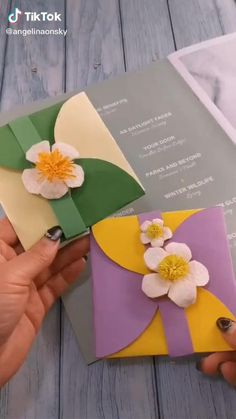Paper Flowers Craft, Easy Paper Crafts, Paper Crafts Origami, Diy Crafts For Gifts, Handmade Crafts, Craft Activities For Kids, Preschool Crafts, Crafts For Kids, Craft Ideas