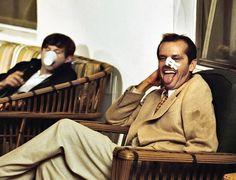 Jack Nicholson nos bastidores de Chinatown (Foto: Reprodução / Taste of Cinema)