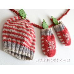 This 'Little Stripe' hat and 'Little Snowflake' baby mittens knitting pattern bundle is a quick and easy project for you! An adorable handmade festive gift for little ones!Little Pickle Knits collection by Linda Whaley. Knitted with Bergere De France Caline 4ply but you can choose any 4ply yarn. This easy to read pattern has separate detailed instructions for each size. Just select and print the pages for the size you are knitting, and leave the other sizes safely in a folder for another…
