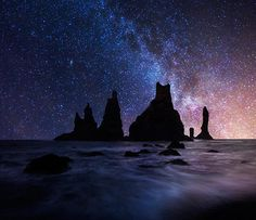 Mesmerizing Landscape Photography by Iurie Belegurschi – 20 Photos Nature Pictures, Cool Pictures, Cool Photos, Night Sky Photos, Star Sky, Landscape Photographers, Science And Nature, Amazing Nature, Night Skies