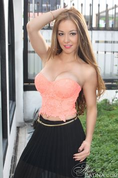 Beautiful sexy Latina My favorite food is Mexican. Beautiful Latina, International Dating, Looking For Love, My Favorite Food, Bellisima, Strapless Dress, Sexy, Mexican, Places