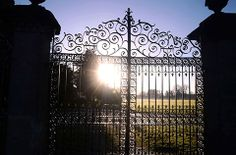 @South Wales Argus PIC OF THE DAY 16.01.14: Early-morning sun through the gates of Tredegar Park House, Newport Pic: MIKE LEWIS