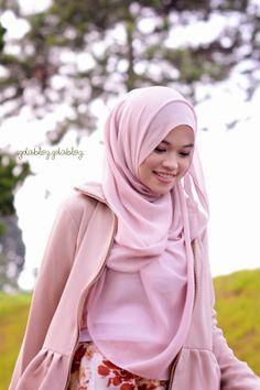 hello! #GaidhaTsuraya #Hijab #muslimah