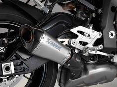 BMW S1000R (2014) | BMW Motorcycle Magazine #exhaust #akra