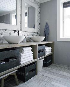 Stunning bathroom Credit: @interior_by_mariarasmussen ✨
