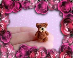 Миниатюрный медвежонок Мишутка из полимерной глины