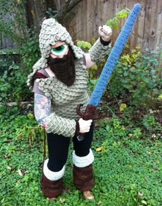 A reason to take up Kniting/Crocheting. What a cool costume idea.