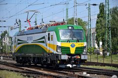 Trains and locomotive database and news portal about modern electric locomotives, made in Europe. Train Posters, Electric Locomotive, Bahn, Hungary, Taurus, Trains, Transportation, Engineering, Public
