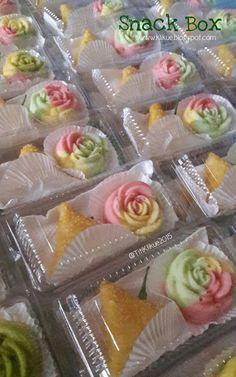 KLIKUE - Balikpapan Cakes and Puddings Online Shop: 2015 Mousse, Resep Cake, Jello Cake, Purple Cakes, Thai Dessert, Snack Box, Bread Cake, Indonesian Food, Savory Snacks