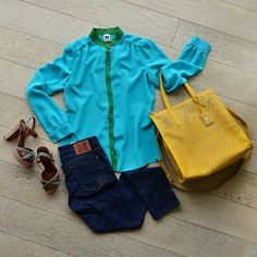 Блузка и джинсы M.Missoni, обувь и сумка Car Shoe.