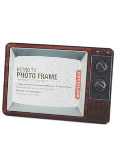 Televisual Aid Frame / Mod Retro Vintage Decor Accessories / ModCloth.com