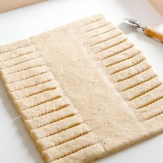 Pullapitkon paluu – Perinneruokaa prkl | Meillä kotona Butcher Block Cutting Board, Sweet Recipes, Biscuits, Food And Drink, Bread, Cooking, Cakes, Crack Crackers, Kitchen